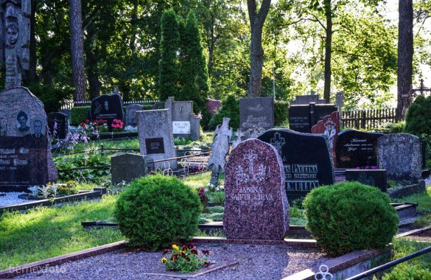 Juodkrantės civilinės kapinės