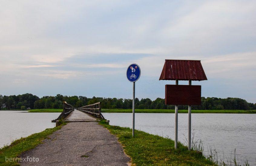 Tiltas per Širvėnos ežerą