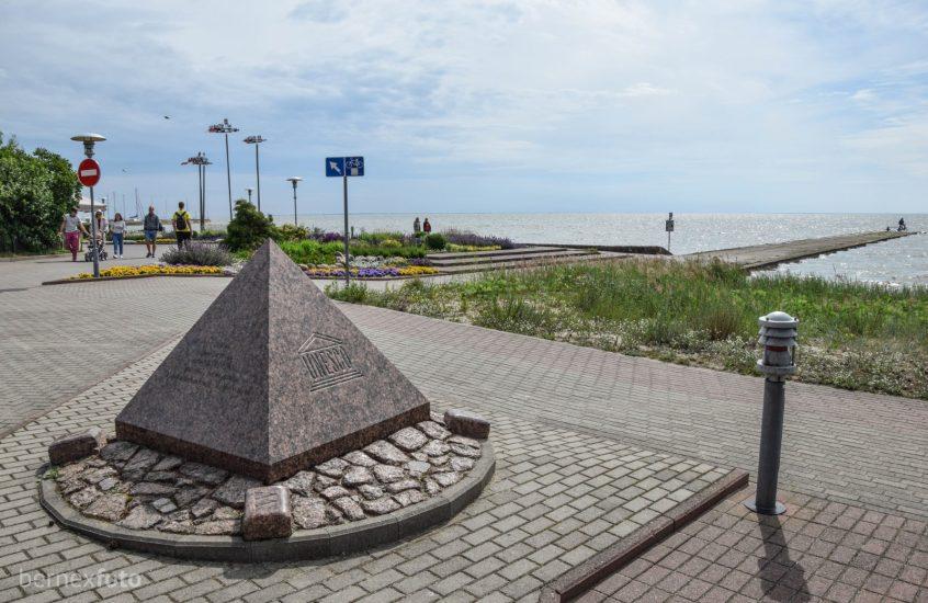 UNESCO atminimo ženklas Nidoje